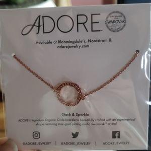 Adore  signature organic circle bracelet